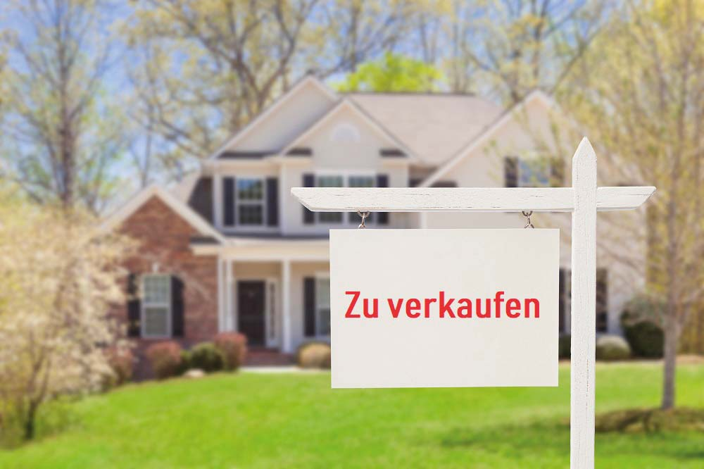 https://zimmermann-immobilien.eu/wp-content/uploads/2019/05/iStock-177722838_Haus_verkaufen_klein.jpg
